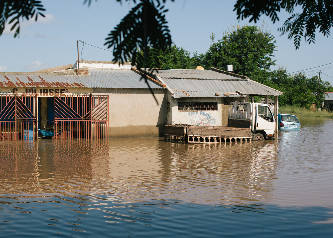 flooded shops and homes in Mozambique