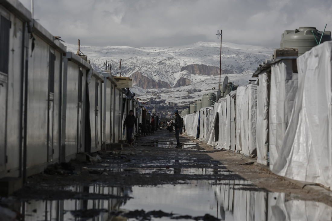 Harsh winter in refugee camp