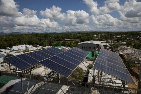 solar panels in Cox's Bazar Bangladesh with Rohingya refugees